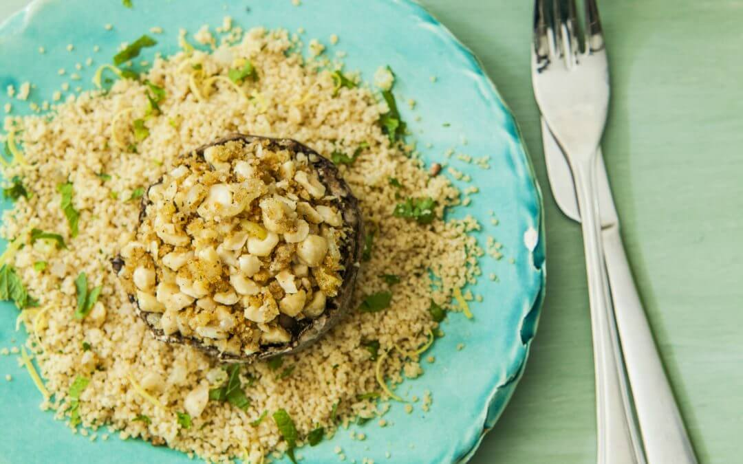 Gevulde portabella met kruidige couscous