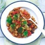 Rijst met groente en kikkererwten