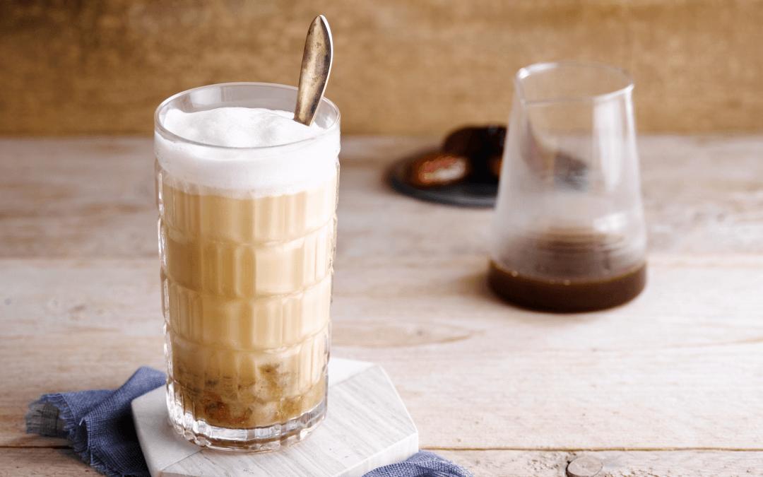 Ijs cappuccino met dadels