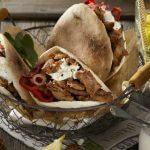 Broodje shoarma met paprika en feta