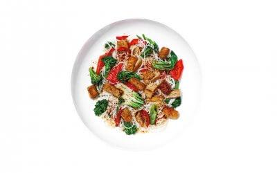 Plant Kipstukjes met Oosterse noodles