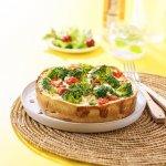Broccoliquiche met geitenkaas en verse kruiden